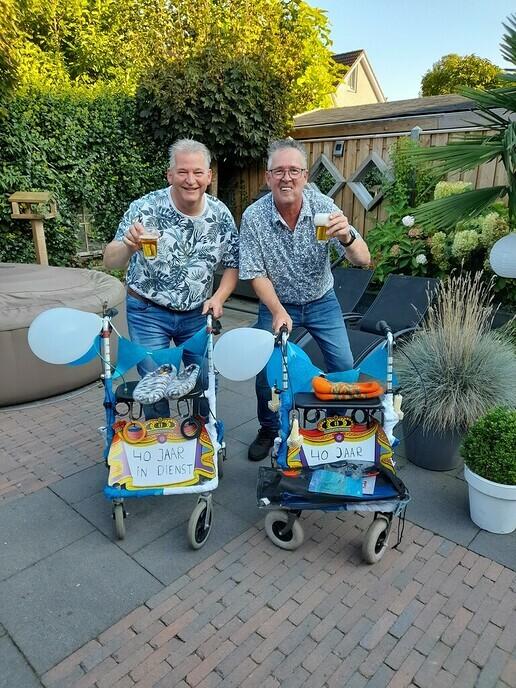 Jos en Jan 40 jaar in dienst bij Frijling - Foto: Ingezonden foto