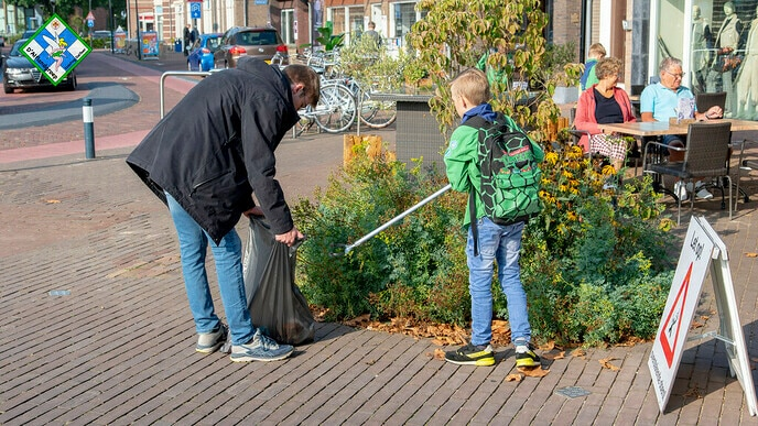 Scouting Dalfsen ruimt op - Foto: Thomas Klomp