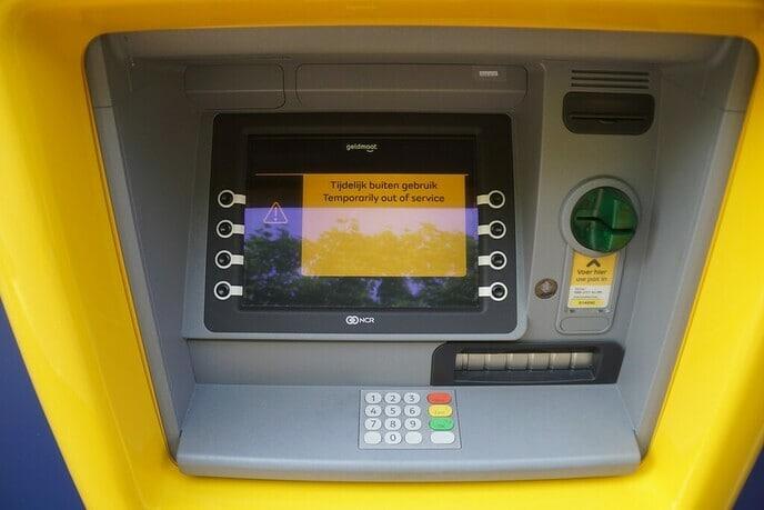 Geldmaat bij voormalige Rabobank - Foto: Ingezonden foto