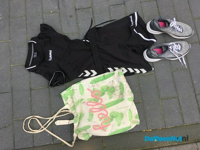Zak met kinder sportkleding gevonden - Foto: Ingezonden foto