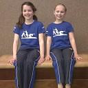 Amber Pruim en Fleur van Brenk in regionale finale 6e divisie turnen Dames
