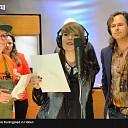 Erwin Nijhoff zingt mee in Kroningslied en  hij is Koninginnedag in Hoonhorst