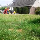 Buurt helpt gemeente met grasmaaien