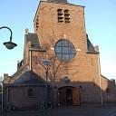 Rooms-katholieke kerk en klooster nauw met elkaar verbonden