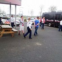 Politie schiet te hulp bij supporters in bus grondgebied Dalfsen