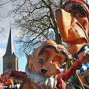 Veel publiek bij carnaval optocht Vilsteren.