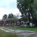 Historisch bijgebouw bij een woning aan de Emmerweg