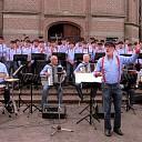 De Stuwzangers zondag naar Westerbork