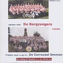 De Bargzangers en De Loo & Drostensingers het theater in