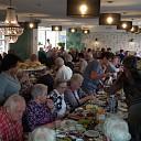 Langste eettafel voor ouderen in Brugstede