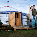 2 nieuwe bewoners in Dalfsen wonen in een tent
