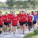 Loopgroep AG '85 loopt 300 km voor 3 goede doelen