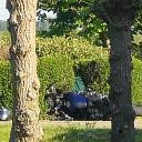 Ongeval motor met opraapwagen
