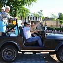 Hans Veluwenkamp na 42 jaar in het onderwijs kleurrijk met pensioen