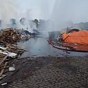 Zeer grote brand bij afvalverwerker