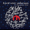 Veertig kinderen zingen in De Schakel op Kerstavond in Nieuwleusen