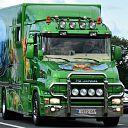 Publiek geniet langs A28 van uittocht Truckstar Festival