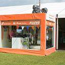 Deejay's Oranje Huis sprokkelen 3500 euro bijeen voor Taveno