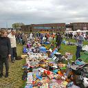 Oranje fair en kleedjesmarkt.