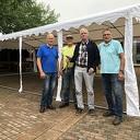 Kerstbomengroep schenkt nieuwe partytent aan SV Dalfsen