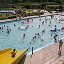 Zwembaden zondag eerder open