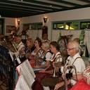 Daverend optreden Egerländerkapel in Het Boskamp