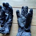 Gevonden een paar handschoenen