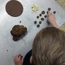 Uitstapje kinderen  Partou naar plaatselijke bakker
