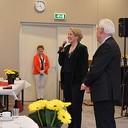 Burgemeester Erica van Lente bezoekt jubileumbijeenkomst van de Zonnebloem