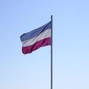 Vlag niet half stok, maar onderste boven