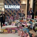 Slukom vol met cadeautjes voor sinterklaas actie Zwolle