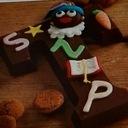 Chocoladeletter versieren of Pietjes maken