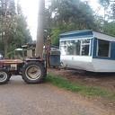 Oudere caravans ruimen het veld