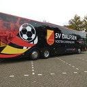 SV Dalfsen presenteert eigen spelersbus