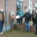 Gift SVD kerstbomenactie voor Hospice Dalfsen