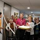Dieneke en Burgemeester van Lente openen tentoonstelling in de Brugstede