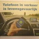 Risico`s van smartphonegebruik in het verkeer